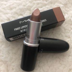 MAC Frost Lipstick - Icon